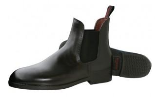 Rijlaarzen en schoenen